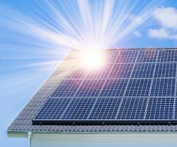Vinn 100.000 kr till ett solcellstak!